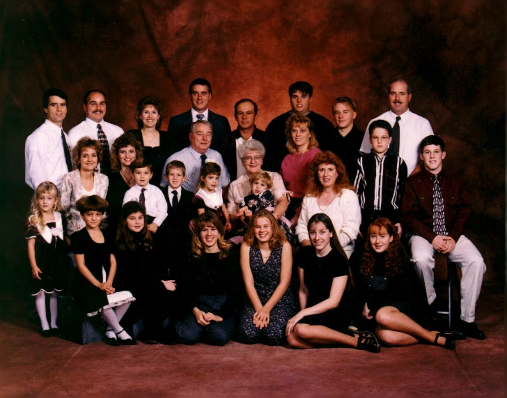 Bill and Phyllis Hart Family - 1996